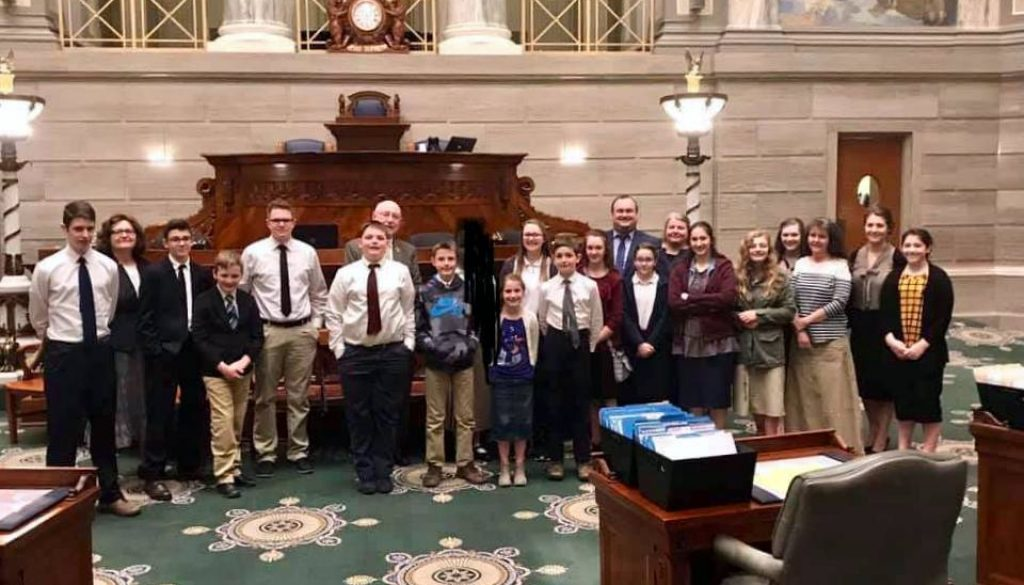 students-at-state-capital2